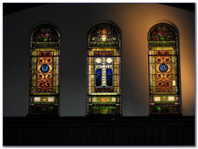 Meyda Tiffany Stained GLASS WINDOW panels for sale