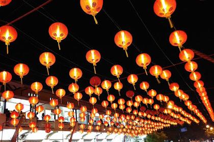 Pasar Gede Solo, malam berhiaskan lampion tahun baru imlek