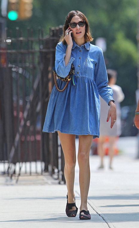10 Ways To Wear Denim Inspired By Alexa Chung The Front