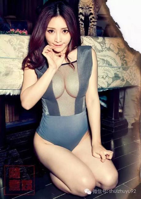 Hot girl siêu vòng 1 Liễu Nham khiến fan hâm mộ ngọp thở vì sexy