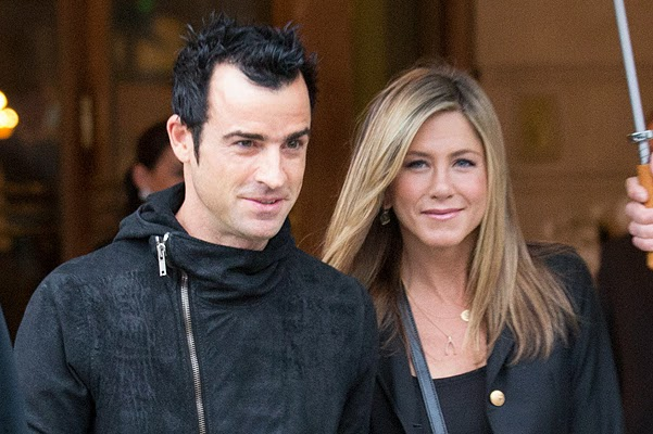 Wedding Jennifer Aniston and Justin Theroux postponed