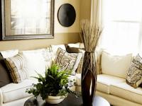 Tips Menata Ruang Tamu Dengan Bunga Hias