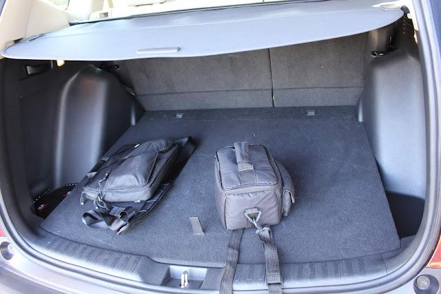Novo Honda CR-V 2018 -  porta-malas 522 litros