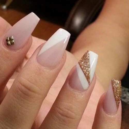 You Can Have The Nail Art Designs 2015 For Wedding Time In All Glittery Kind Of Look These Days Will Also
