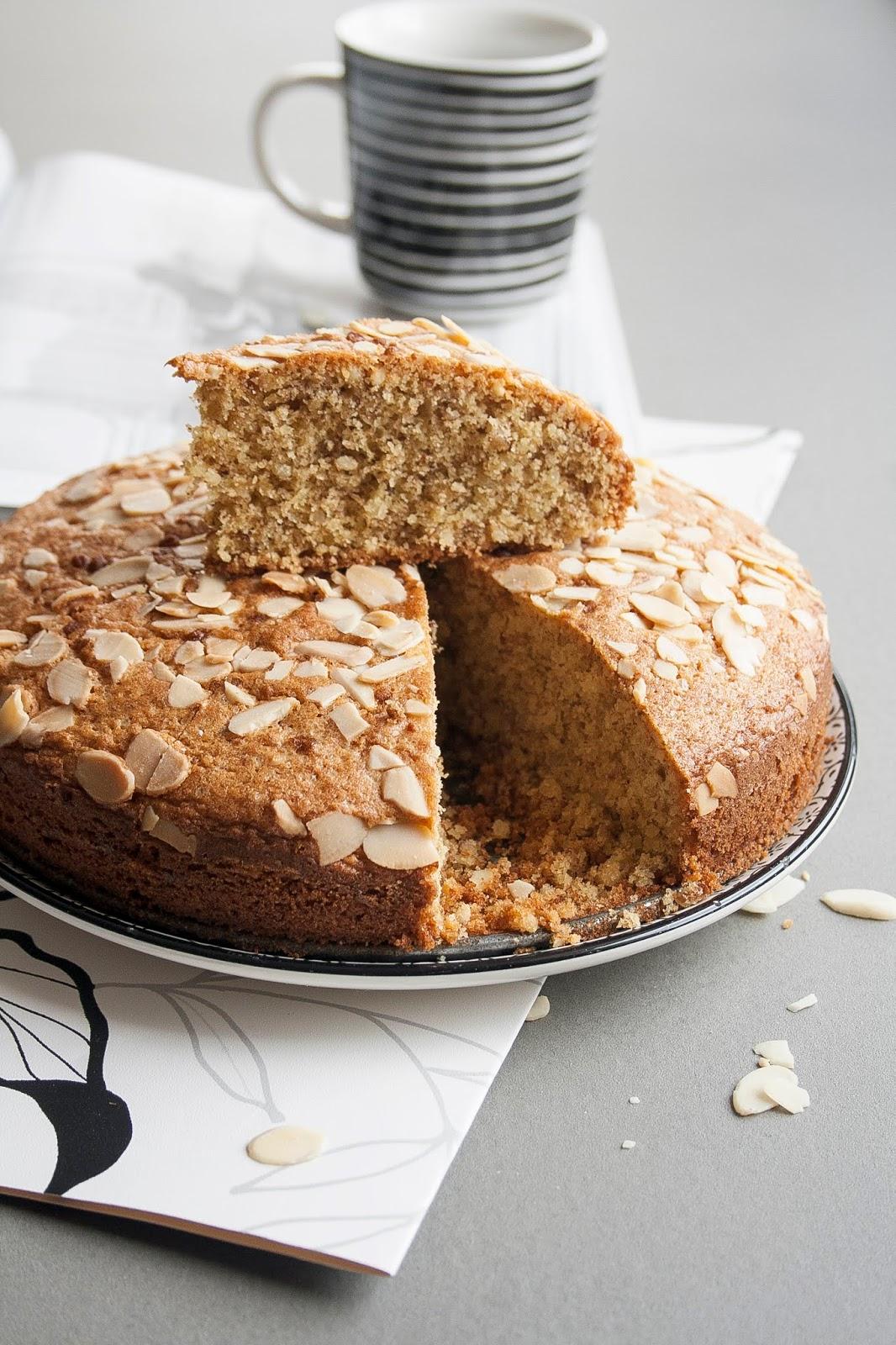 Ricetta della torta di mandorle senza burro