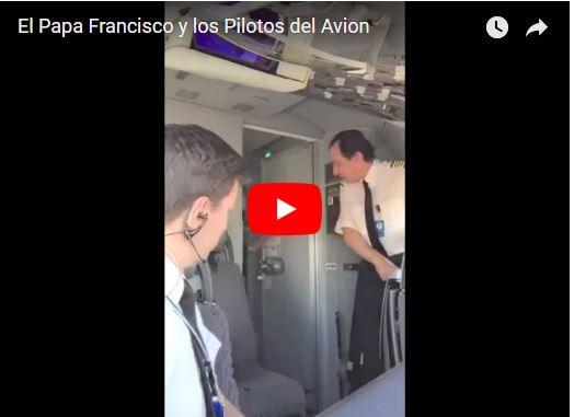 Cuando eres piloto de un avión y el Papa Francisco te visita