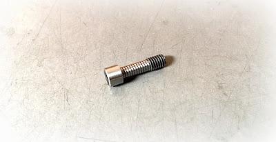 Custom Modified Socket Head Screws - M4 - 0.7 X 14MM Socket Head Captive Screw in Alloy Steel Material