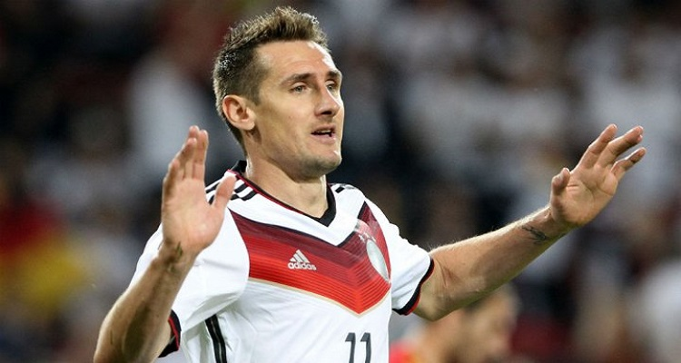 اعتزال المهاجم الألماني ميروسلاف كلوزه أفضل هداف في تاريخ كأس العالم