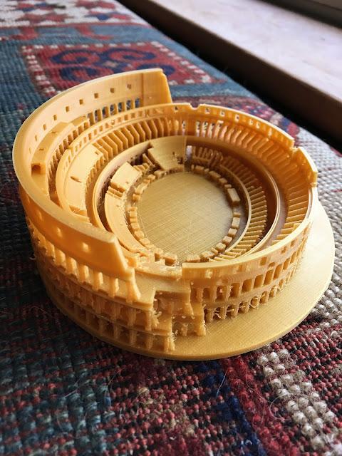 3D printed Rome Colosseum via foobella.blogspot.com