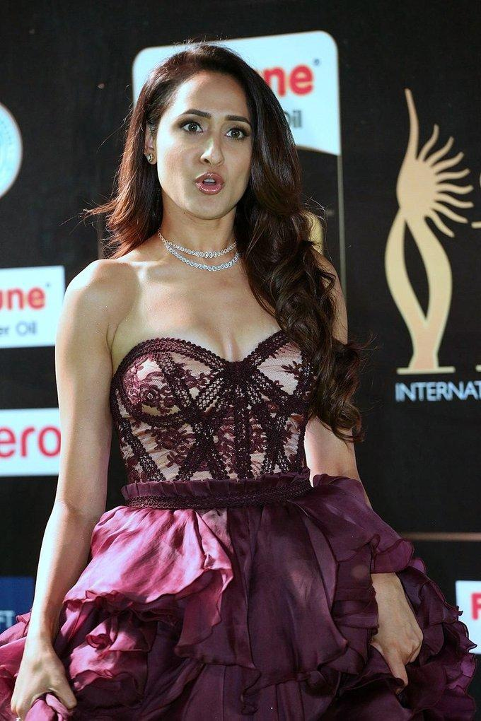 Tollywood Actress Pragya Jaiswal At IIFA Awards 2017 In Maroon Dress