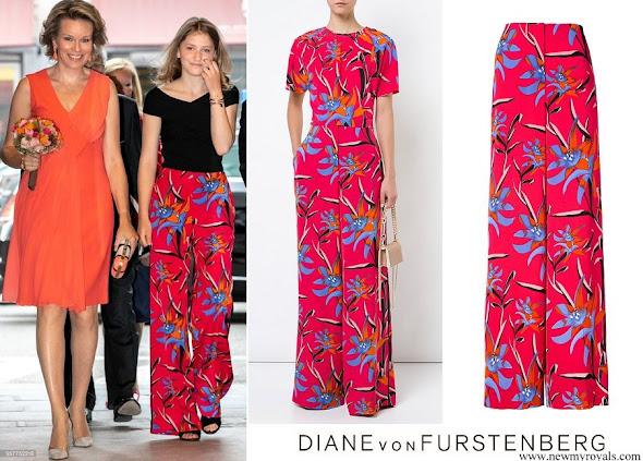 Crown Princess Elisabeth wore DIANE VON FURSTENBERG wide-leg floral trousers
