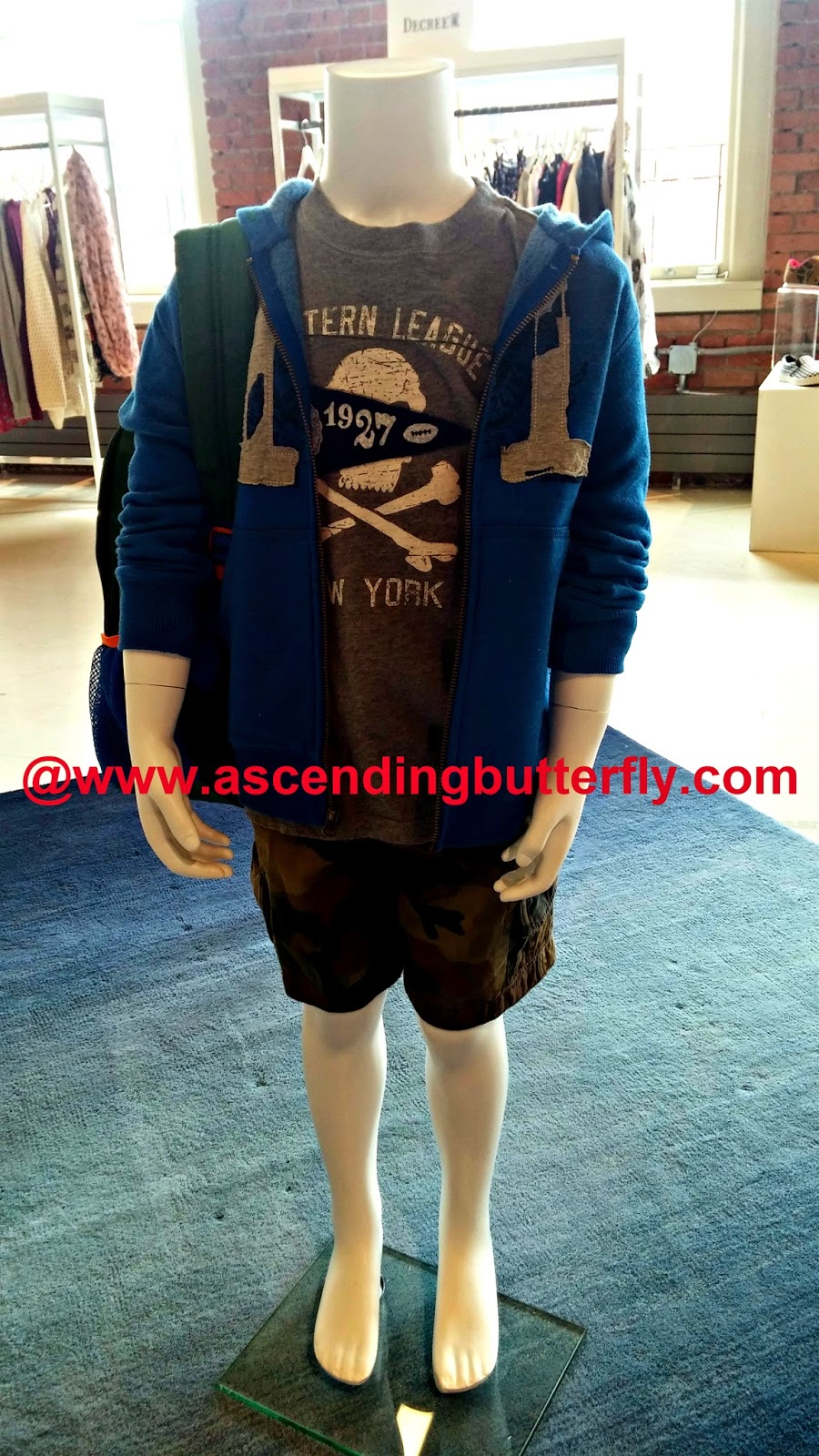 Graphic tee, camo shorts, hoodie look for boys for back to school, Boys Fashion, Boys Clothes