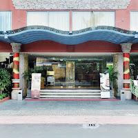 Sens Hotel front door