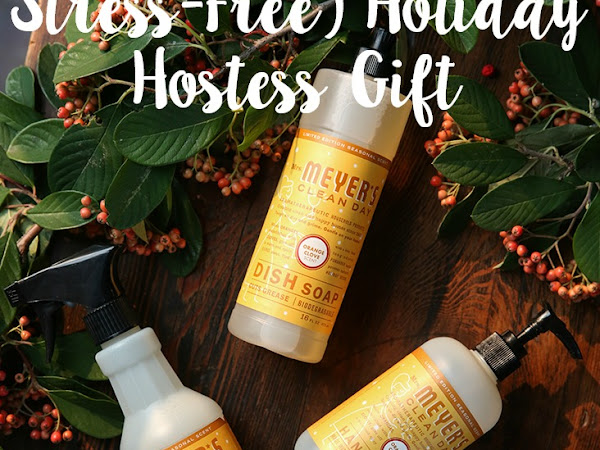 A Festive (And Stress-Free) Holiday Hostess Gift