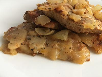 Kawałki szynki pieczone z ziemniakami