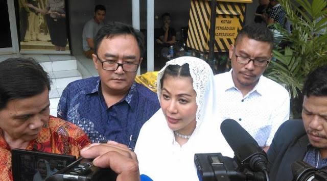 Wanita Emas ngebet dekati Megawati karena sukses bawa Jokowi ke RI 1
