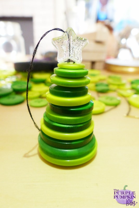 Button #Christmas Tree Ornaments #Craft | The Purple Pumpkin Blog | #shop #cbias
