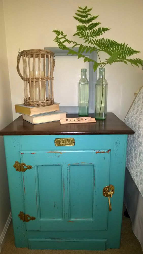 ice box bedside table