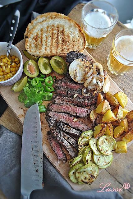 Ростбийф плато с гарнитура от гриловани зеленчуци / Roast beef plate with grilled veggies