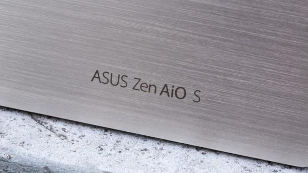 логотип на подставке у Asus Zen Z240ICGT