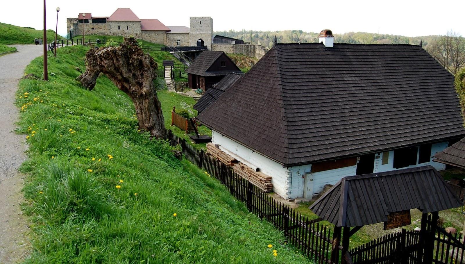 Szlakiem skansenów … Zamek i skansen w Dobczycach DOBCZYCE