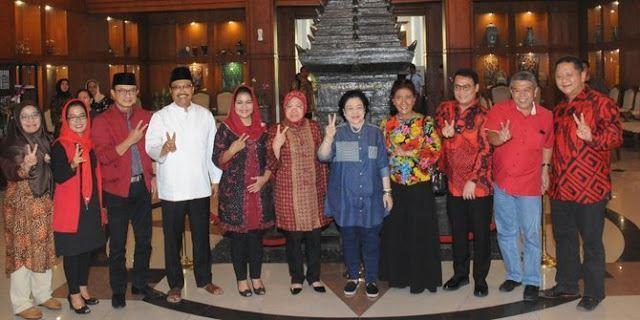 Megawati: Risma ini sebenarnya Wali Kota atau preman?
