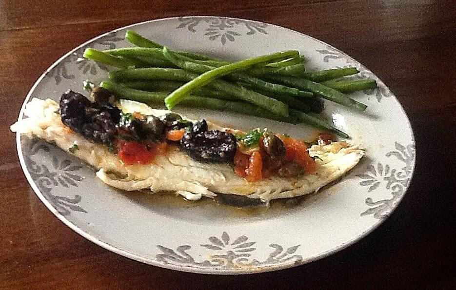 cuisiner comme lettie les filets de daurade au vin et sauce d 39 olives. Black Bedroom Furniture Sets. Home Design Ideas