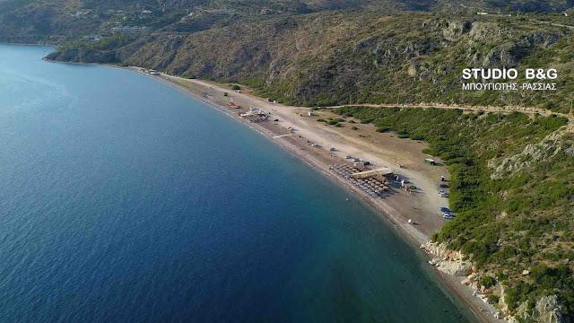 Η μαγευτική παραλία Κονδύλι στην Αργολίδα (βίντεο drone)