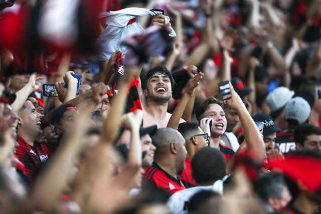 Flamengo levou mais público que Grêmio e Internacional somados