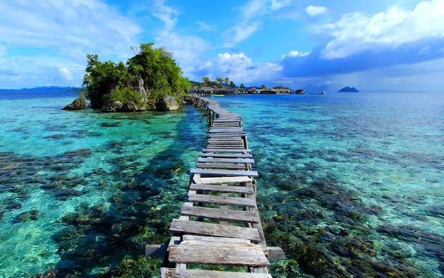 http://www.katasaya.net/2016/06/pantai-wisata-paling-indah-indonesia.html