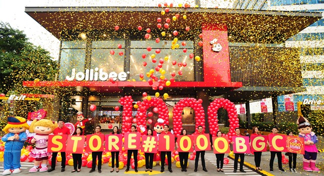 A Festive Celebration Marks The Opening Of Jollibees 1000th Store