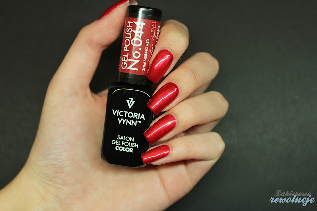 Victoria Vynn Gel Polish - 044 Shimmering Red