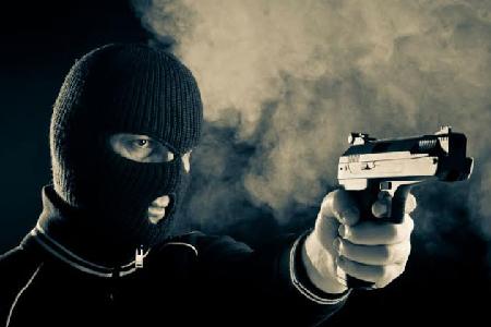होशंगाबाद में वकील के घर से 20 लाख की लूट