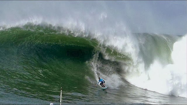 Santa Cruz Waves Presents 2014 Maverick s Invitational Big Wave Surfing Contest