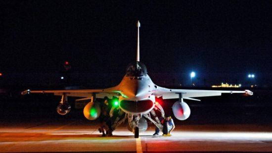 """""""صفقة الرعب"""".. أمريكا تزود المغرب بـ25 طائرة """"إف 16 فايبر"""" المدمرة"""