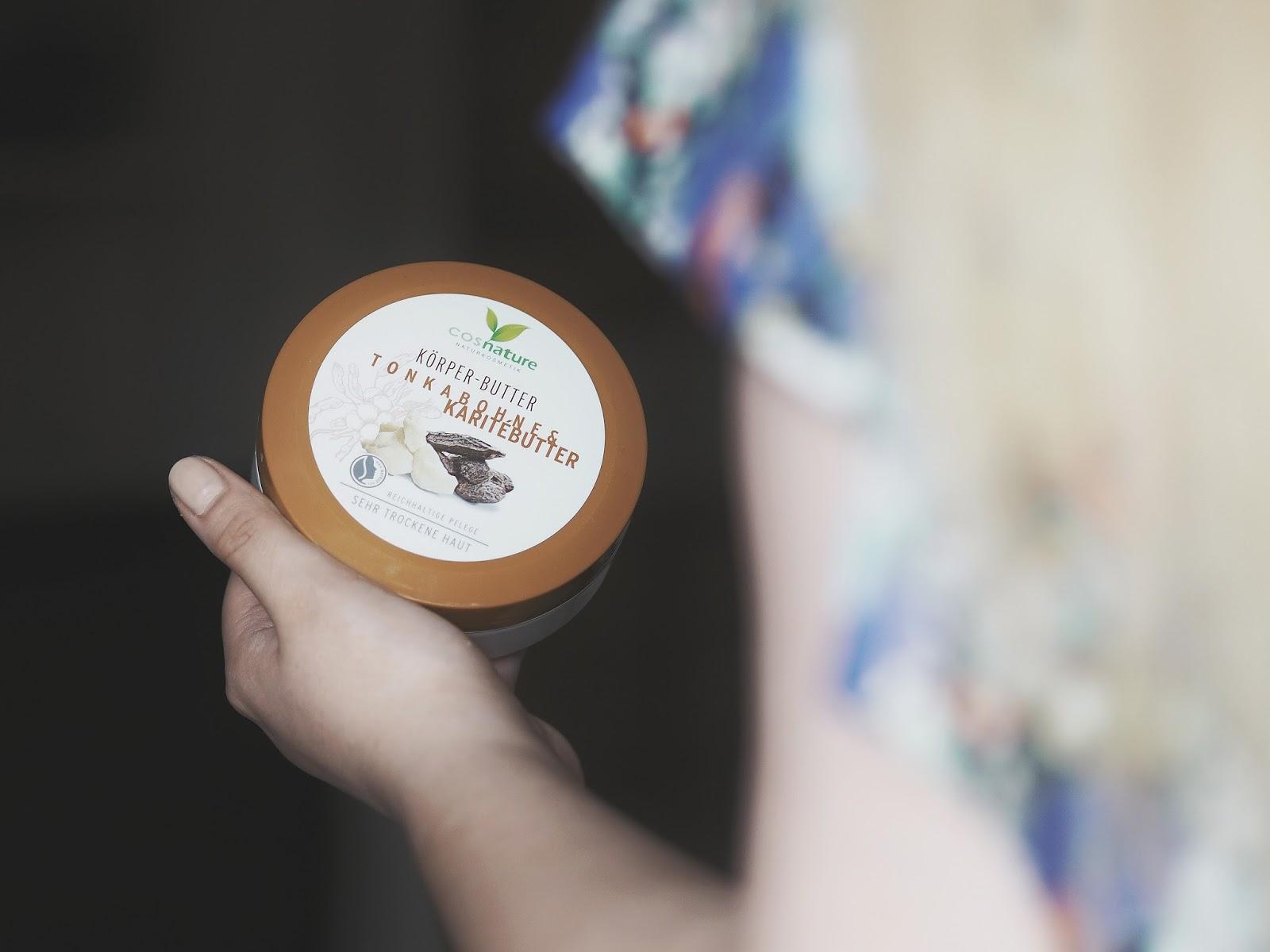 Naturalna, regenerująca maska do włosów z awokado i migdałami. Cosnature Naturalny nawilżający lekko koloryzujący krem z nagietkiem  Naturalna pianka oczyszczająca 3 w 1 z cytryną i melisą. Naturalne odżywcze masło do ciała z masłem shea i tonką