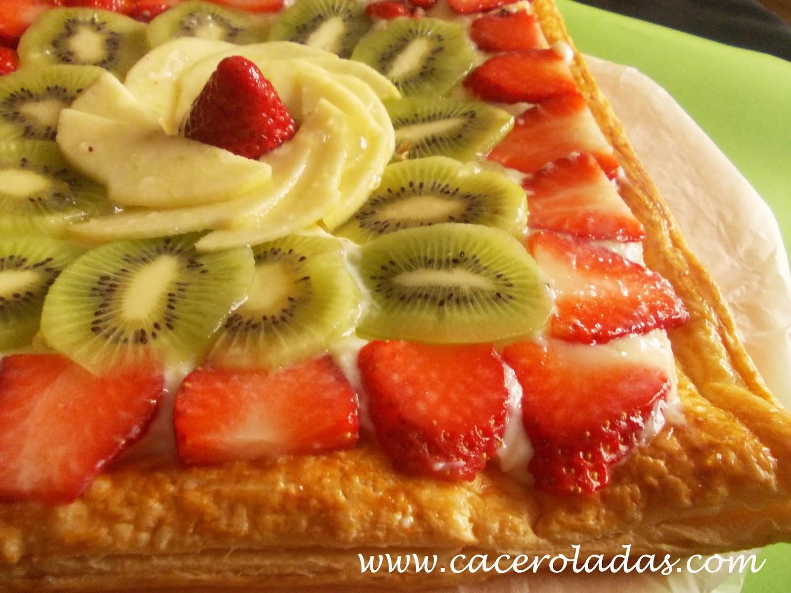 Tarta de hojaldre con frutas