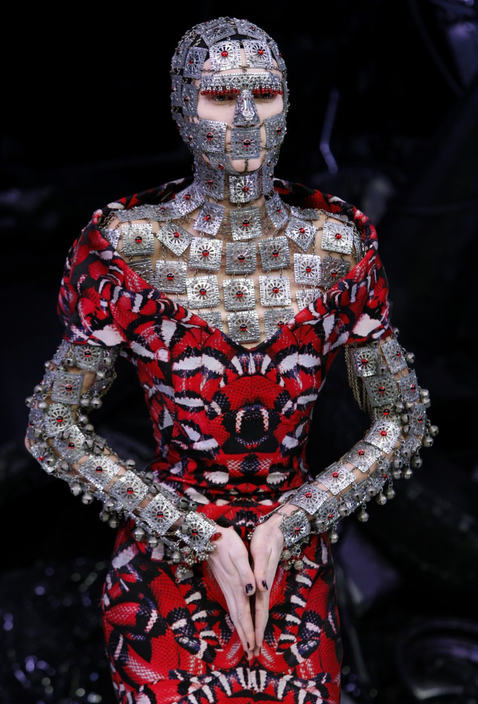 Exposition Art Blog Alexander Mcqueen Avant Garde Fashion