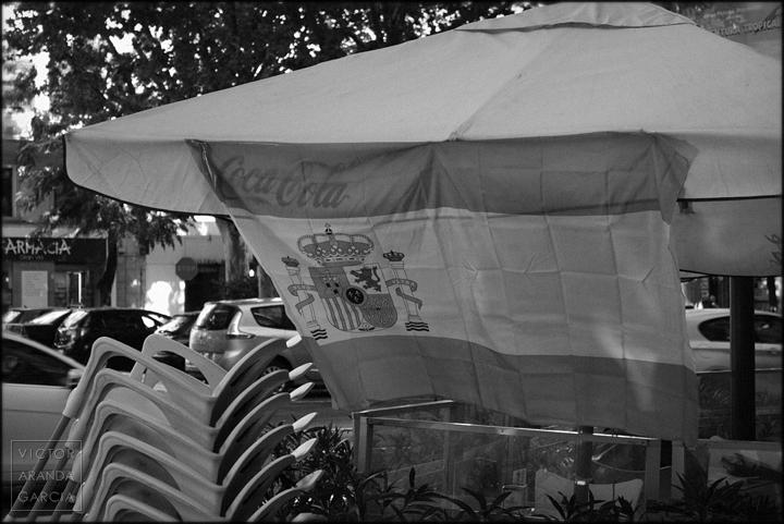 fotografia,arriba_extraña,bandera,coca_cola,valencia,terraza,serie,arte