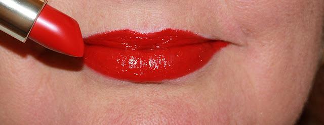 Kodi: классическая губная помада №14