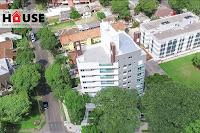 Apartamento com Sacada, Churrasqueira e Suíte - Água Verde