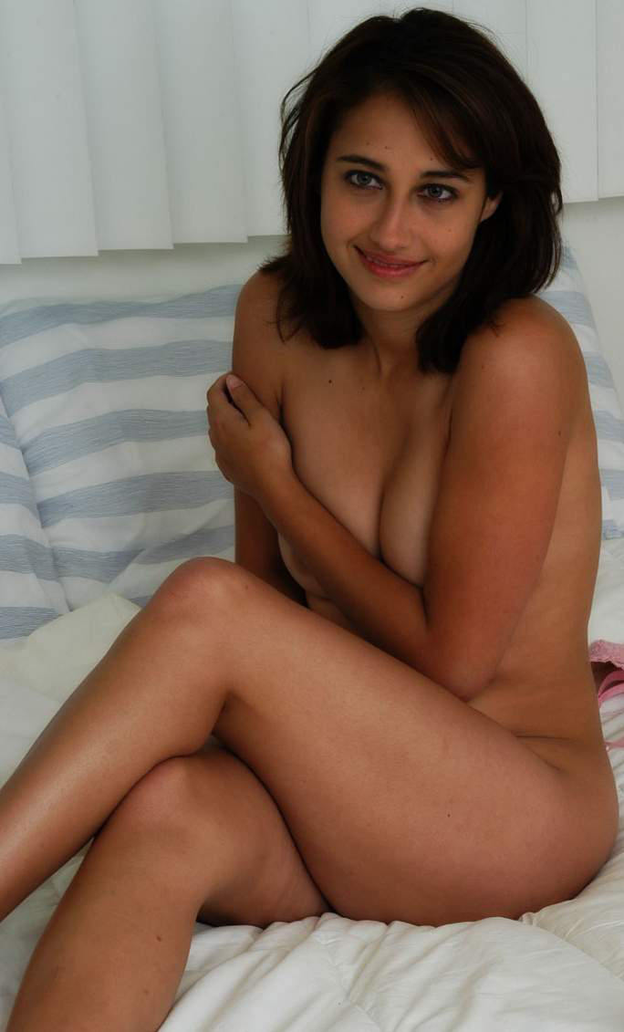 Are nude beautiful pussy
