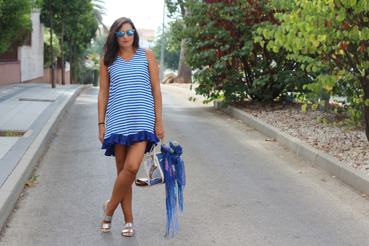 es.romwe.com/Women-Dresses-c-721.html?icn=dresses&ici=rwes_navbar03?utm_source=simply2wear.com&utm_medium=blogger&url_from=simply2wear