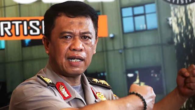 Sempat Ngotot Mengkriminalisasi, Kini Kapolda Jabar Akui Kesulitan Cari Bukti Kasus Habib Rizieq