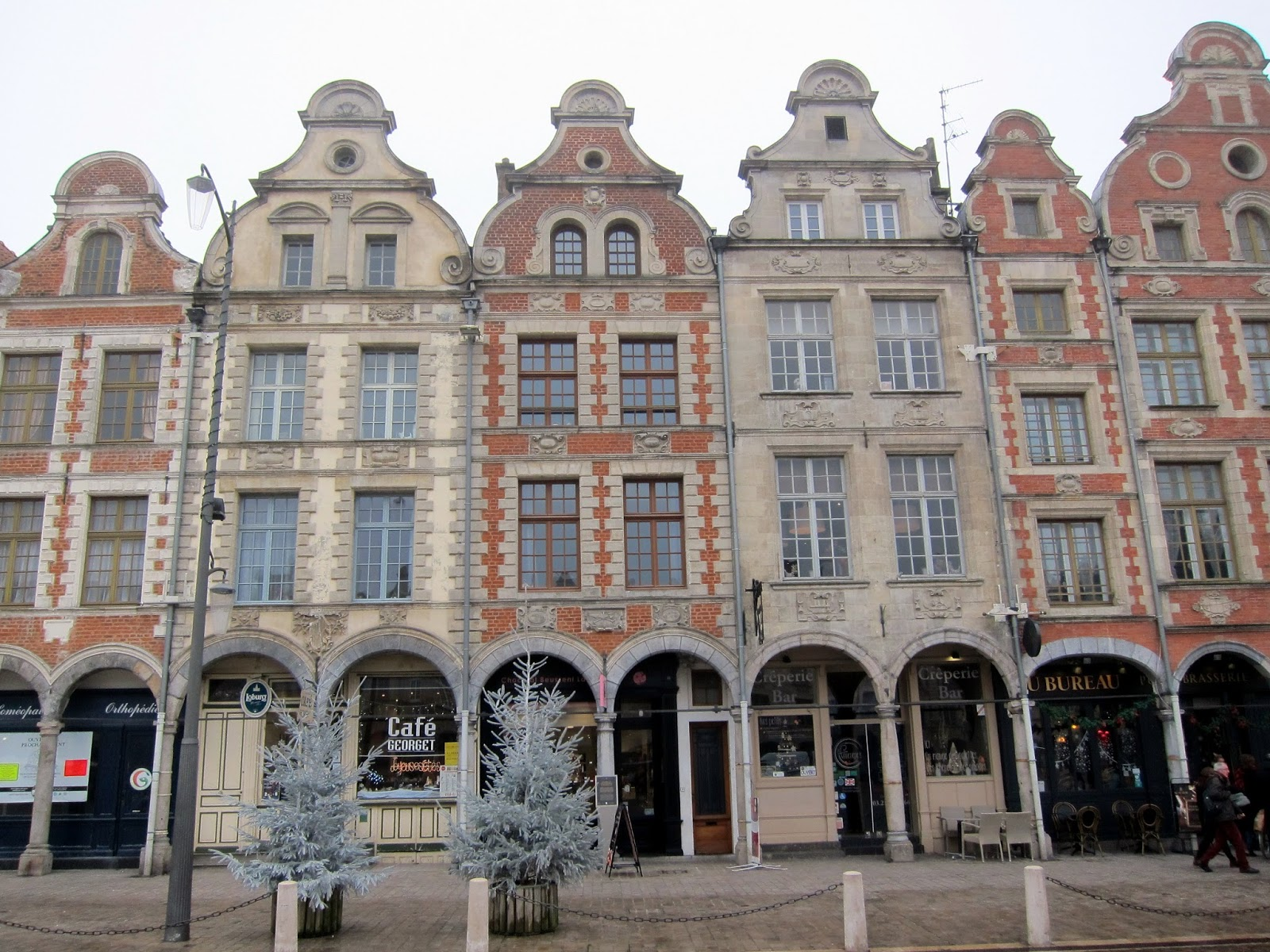 Wanderlust and words: mulled wine and fog in arras