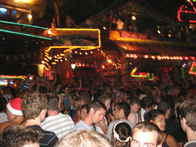 Koh Phangan Full Moon Party dates: just keeps going on and on.