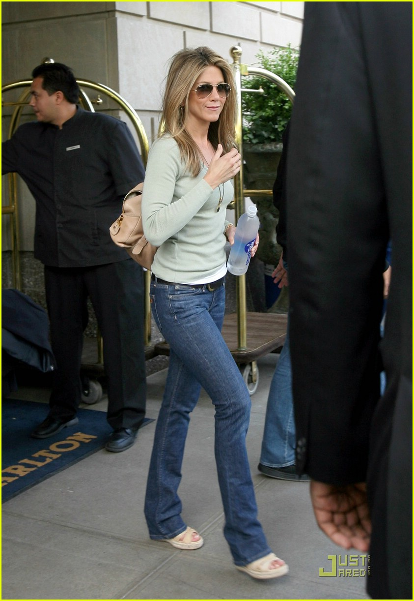 Jennifer aniston rumor has it - 2 part 7