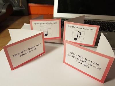 Beim Frage und Antwortspiel lernen die Kinder sprachlich in einfachen Strukturen Noten zu beschreiben