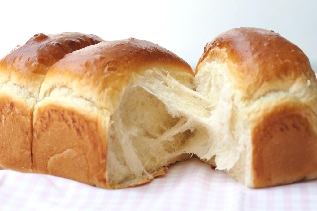 Hokkaido Milk Loaf Japanese Style Bake With Paws