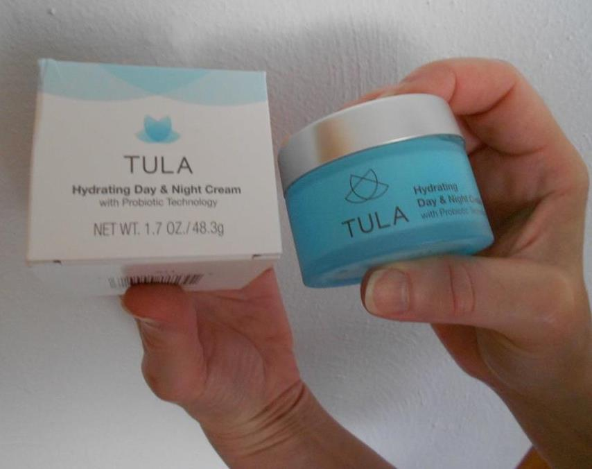 Tula Hydraing day & night cream